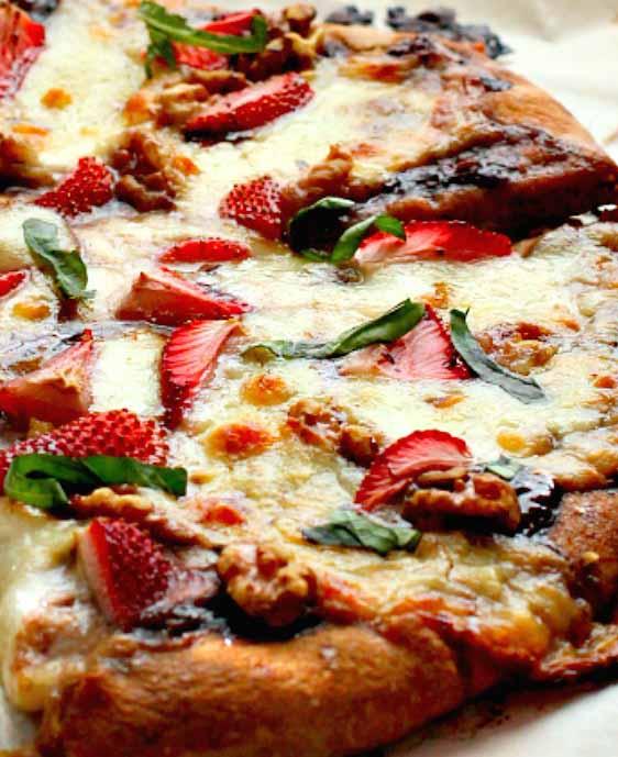 Tom's Strawberry Walnut Pizza
