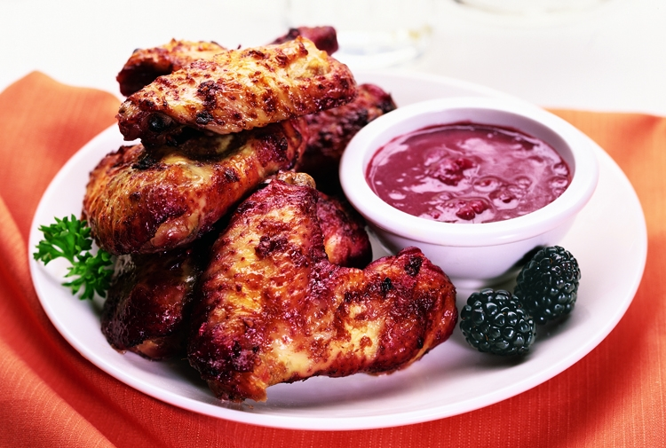Tom's Blackberry Wings and Dipping Sauce