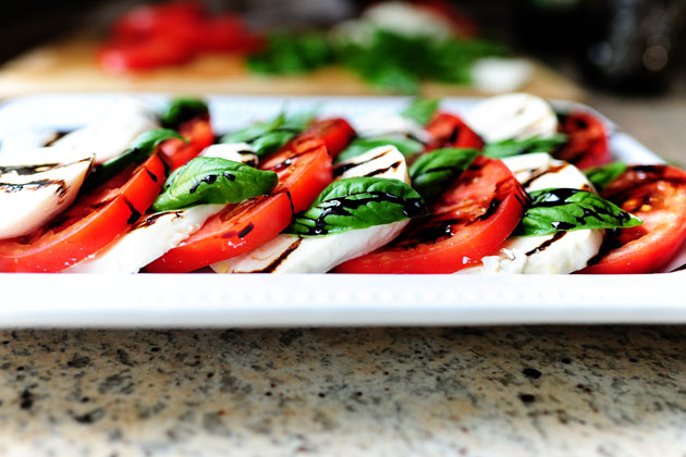Caprese Salad (Traditional)