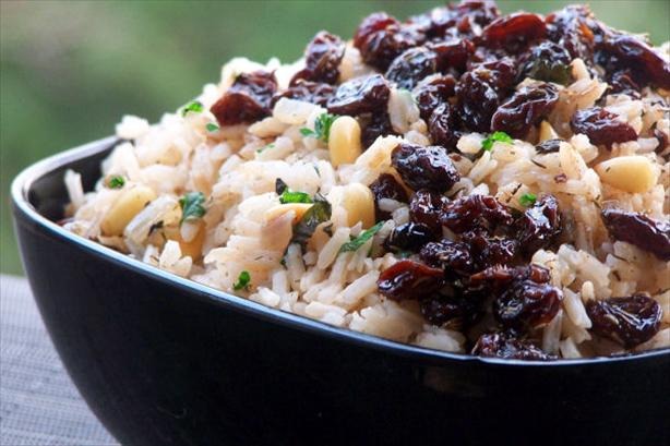 Herbed Rice With Currants